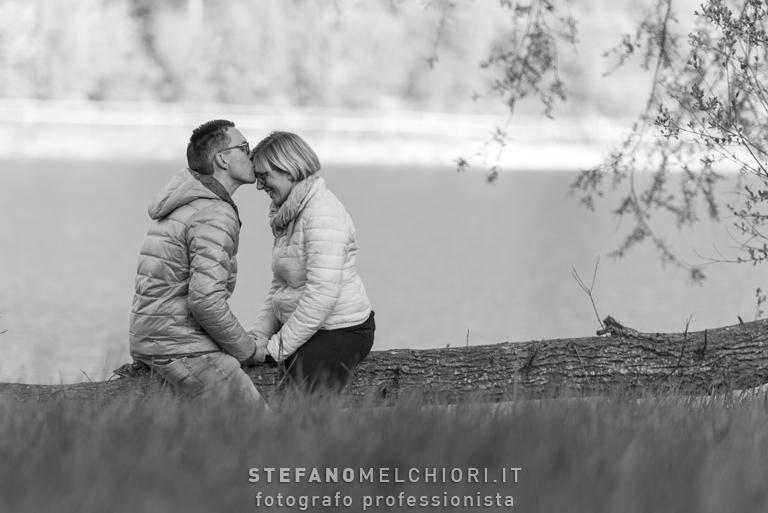 FOTOGRAFIA DI COPPIA IN VAL DI NON: Stefano Melchiori Fotografo